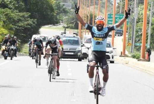 Edwin Morel gana la sexta etapa; Yurgen Ramírez sigue como líder