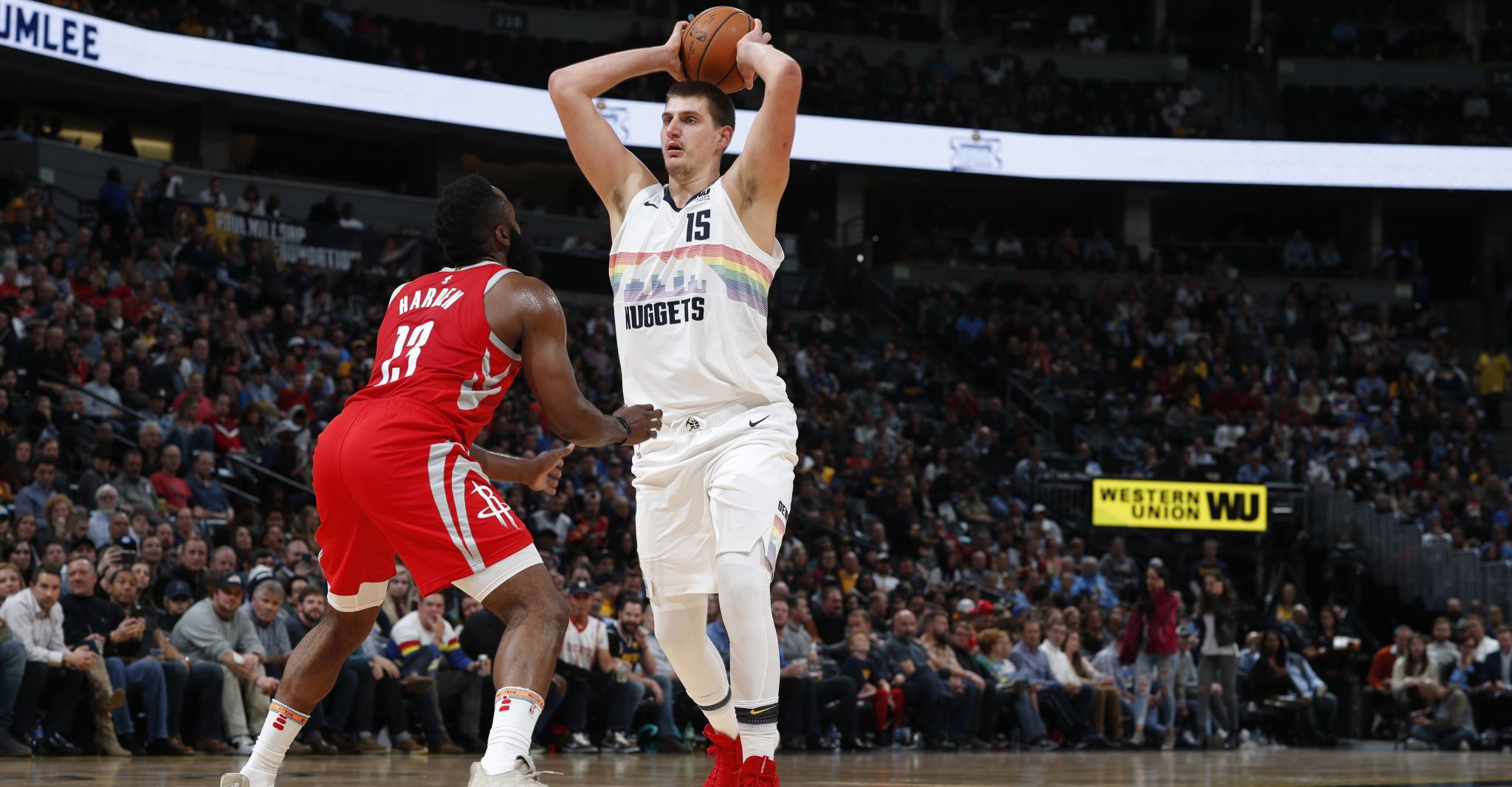 Harden y Jokić nombrados Jugadores de la Semana NBA