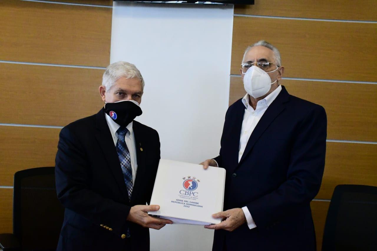 Lidom recibe de la CBPC el manual  para el montaje de la Serie del Caribe de 2022