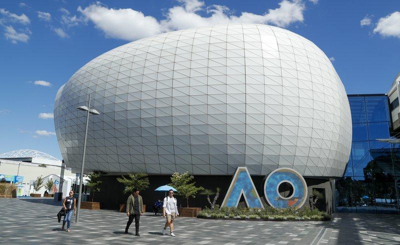 Caso de COVID en hotel frena torneos previos de Abierto Australiano