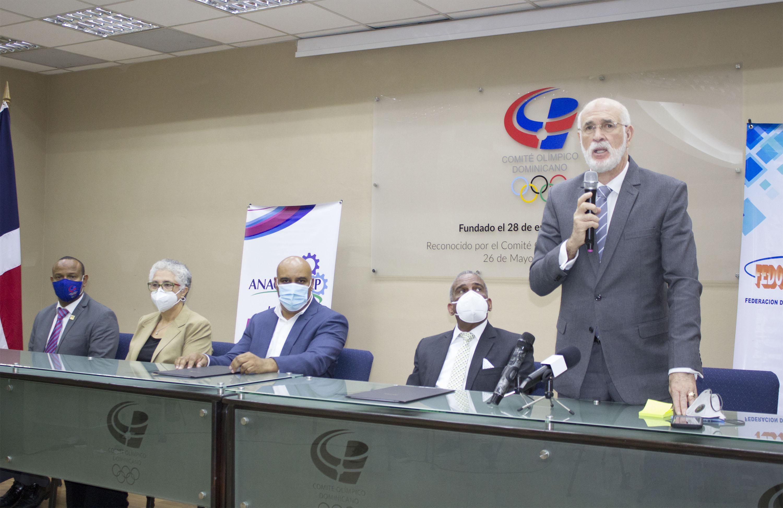 Acosta valora acuerdo Fedoclubes y Anacecatep en favor de la educación