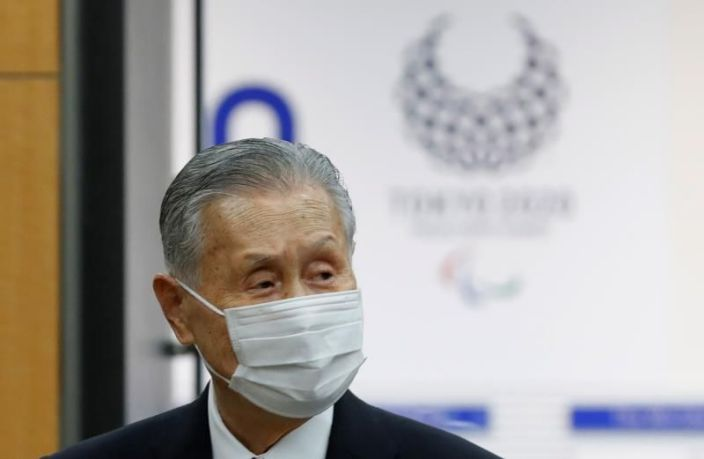 Continúan críticas al jefe Tokio 2020 por sus comentarios sexistas