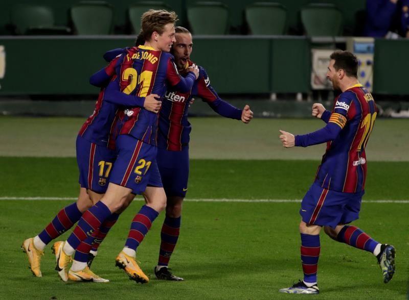 El Barça remonta con la entrada de Messi