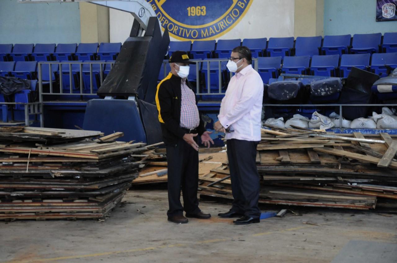 Ministro de Deportes dispone remodelación del club Mauricio Báez