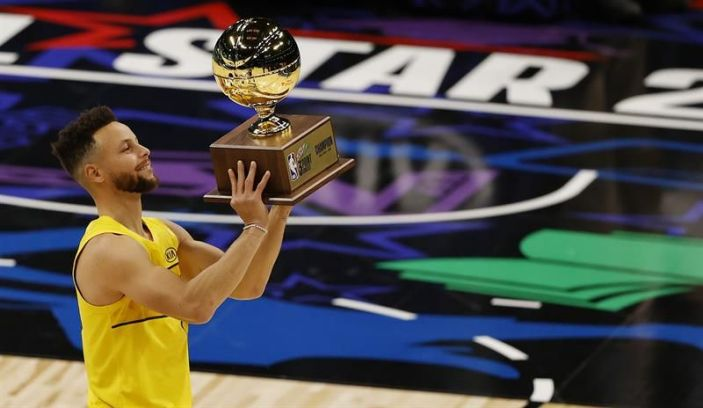 Curry gana en triples; Sabonis, campeón habilidades y Simmons de donqueo