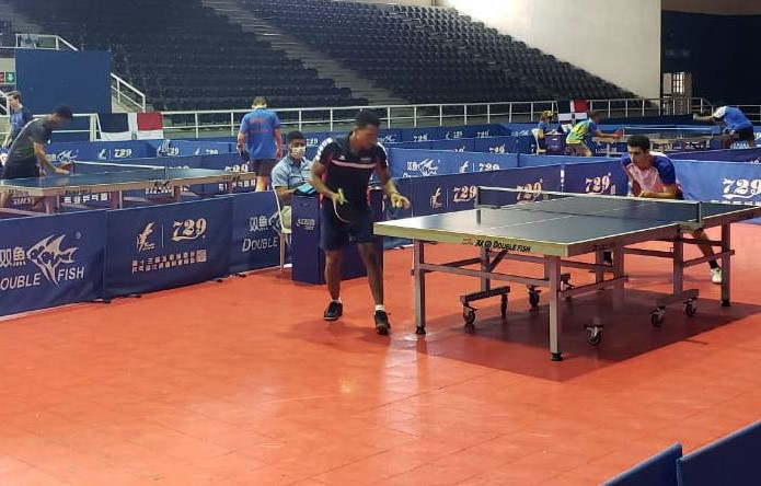 Gálvez y Rojas dominan en la primera eliminatoria Tenis de Mesa
