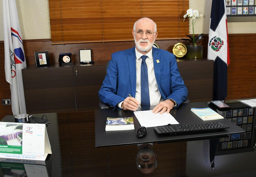 Antonio Acosta anuncia comisión para reforma estatutaria del COD