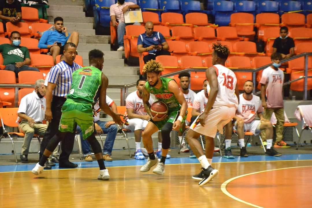 Pepines vence al Plaza y GUG a Pueblo Nuevo en basket Santiago