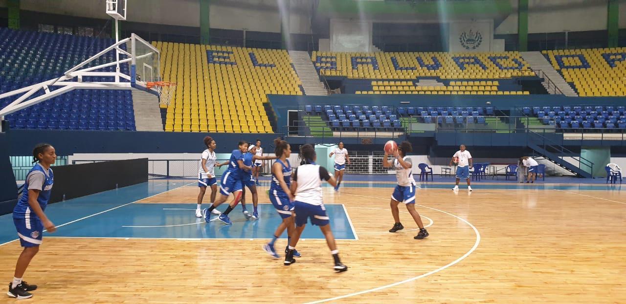 Selección basket femenino enfrenta este jueves a Puerto Rico en Centrobasket de El Salvador