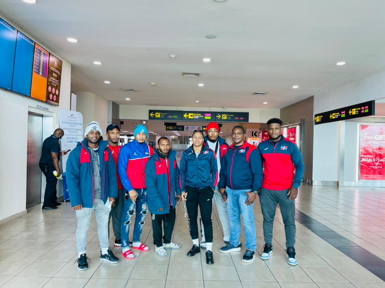 Selección dominicana de lucha sale en busca clasificación olímpica