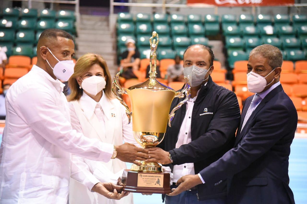Vicepresidenta resalta papel del deporte en apertura basket Santiago