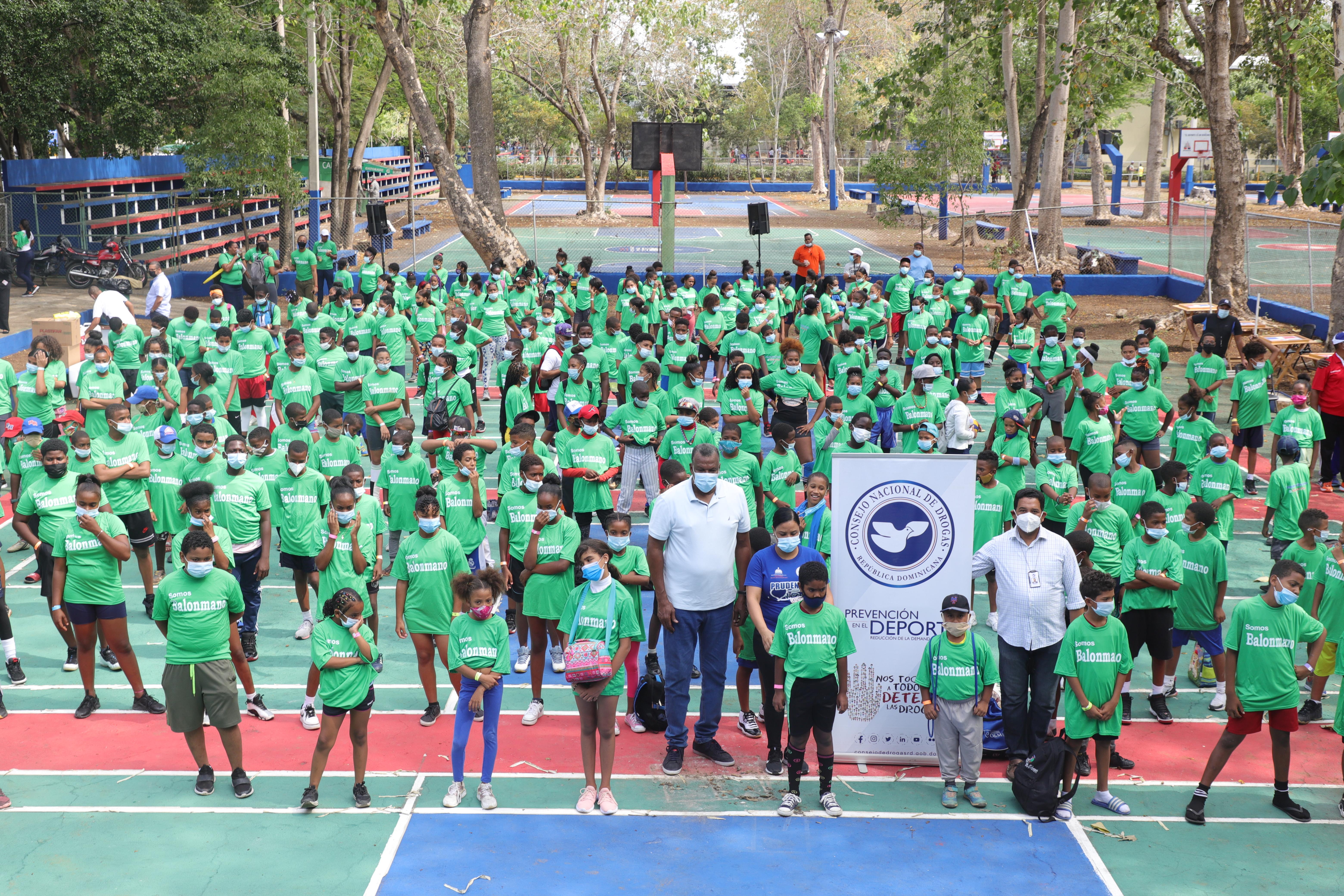 CND instruye niños, niñas y adolescentes en Mini-Campamento organizado por MIDEREC