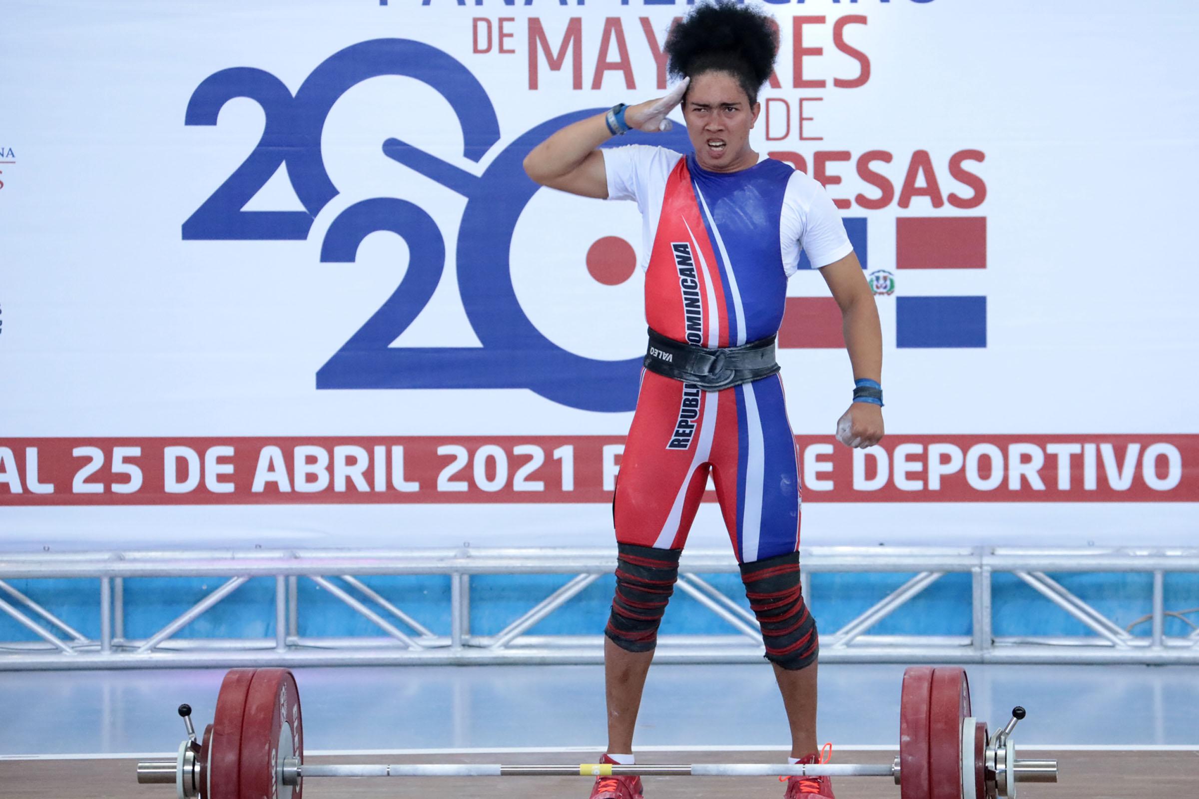 Yudelina Mejía firma dos preseas de bronce en Panam Pesas
