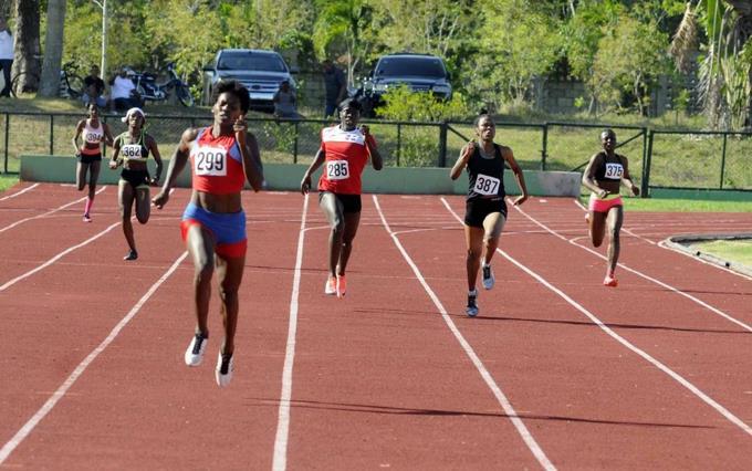 Atletismo Dominicano sale a Campeonato de Mayores en Ibague, Colombia