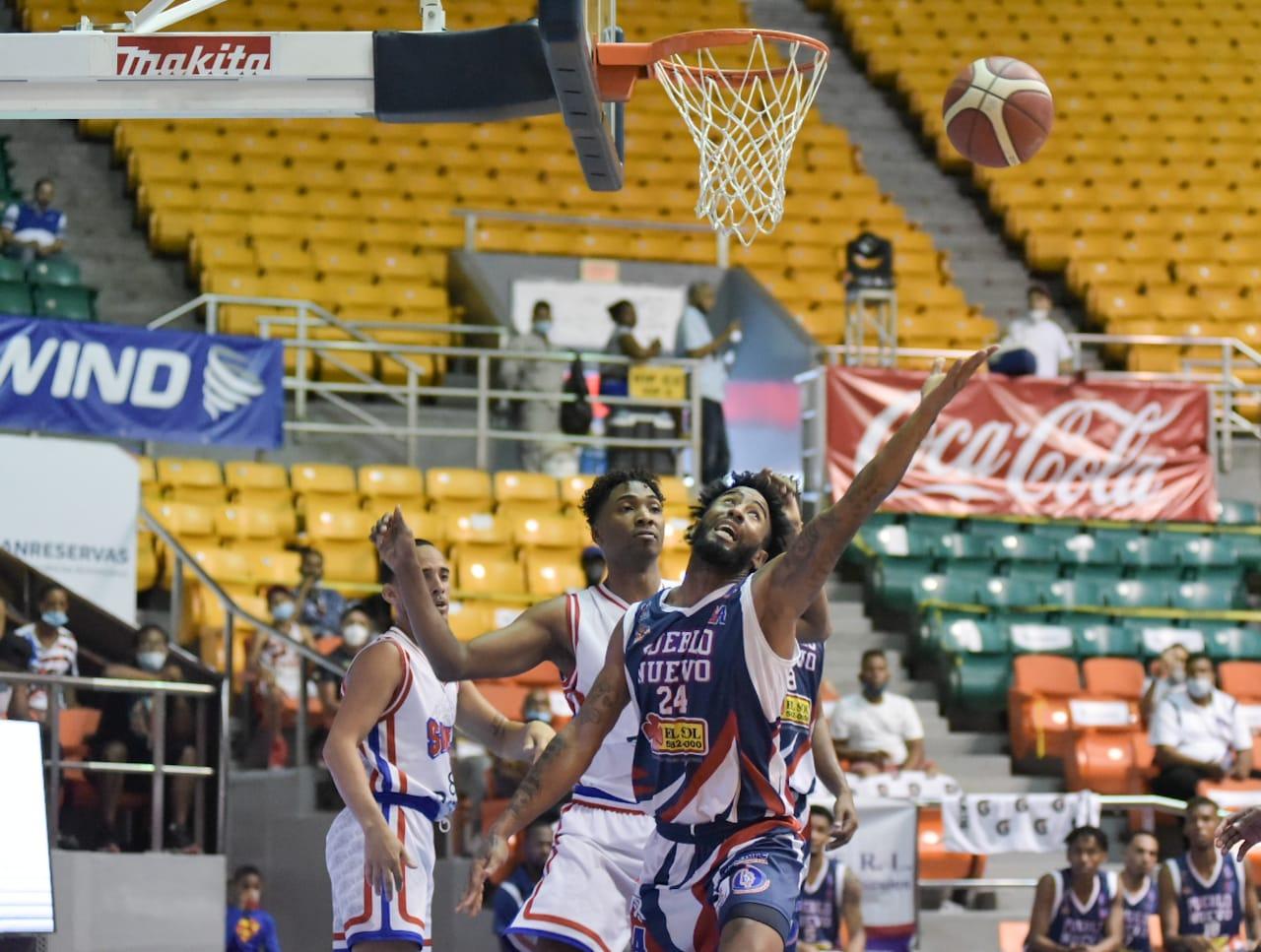 Pueblo Nuevo y GUG cierran regular con triunfos basket Santiago