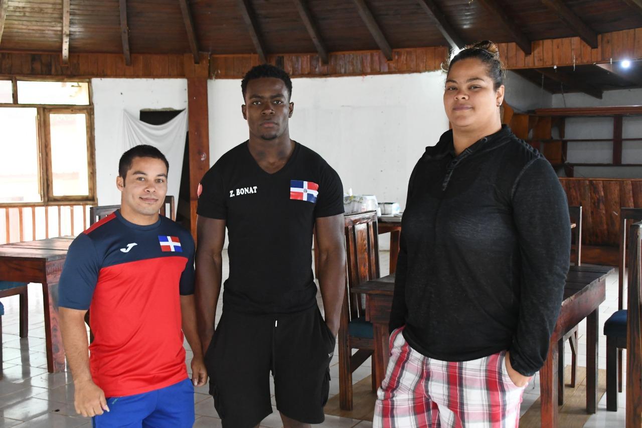 República Dominicana define selección para el preolímpico de pesas