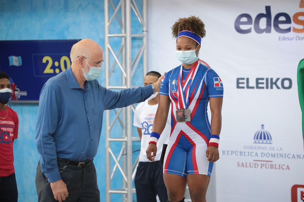 Nathalia Novas, plata y dos de bronce; Ortiz, dos récords juvenil