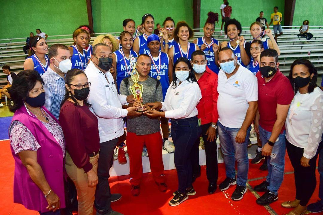 Club Avanzada Juvenil vence a San Lázaro y conquista título en basket femenino U-25