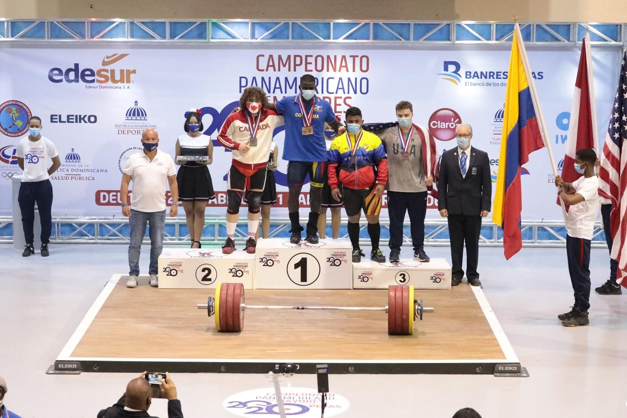 Rivas y Santavy en día de récord; Colombia se baña en oro
