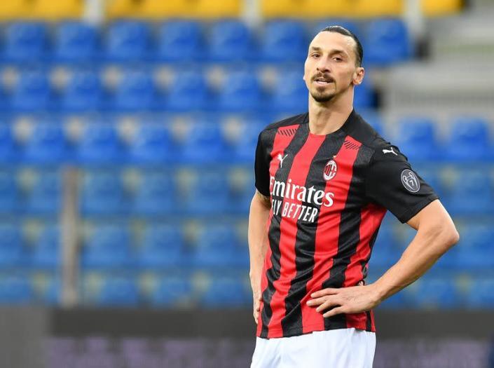 UEFA investiga supuestos lazos Ibrahimovic con compañía apuestas