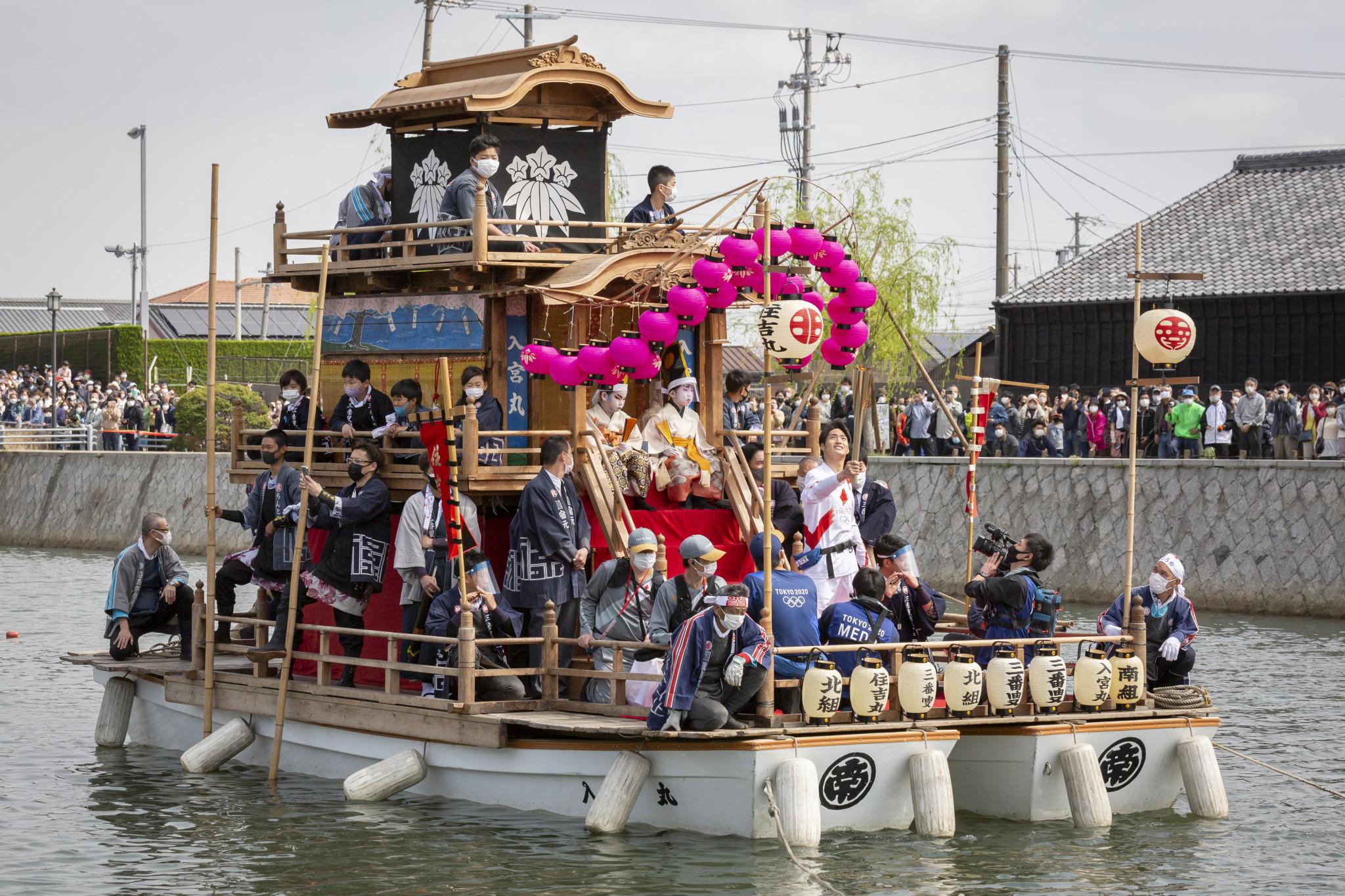 Antorcha Olímpica supera tormenta de sexismo con la visita de seis prefecturas