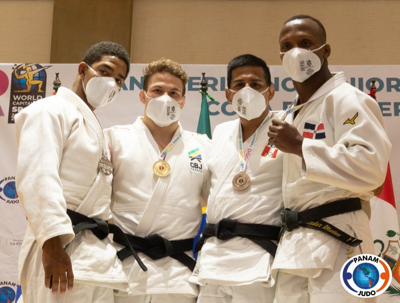 Wander Mateo, bronce en torneo clasificatorio olímpico de judo