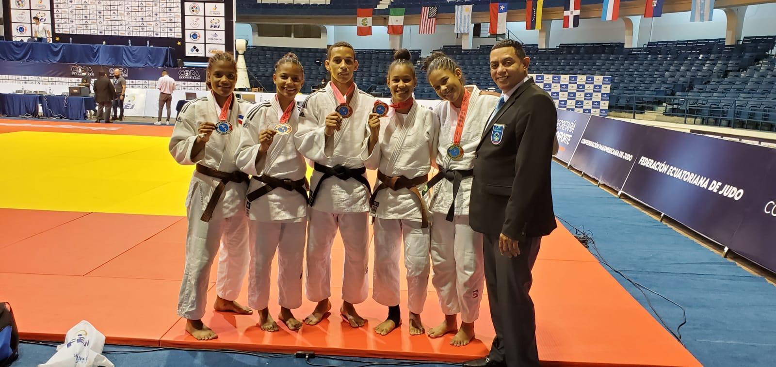 Judocas ganan cinco medallas en clasificatorio Panam Junior Cali