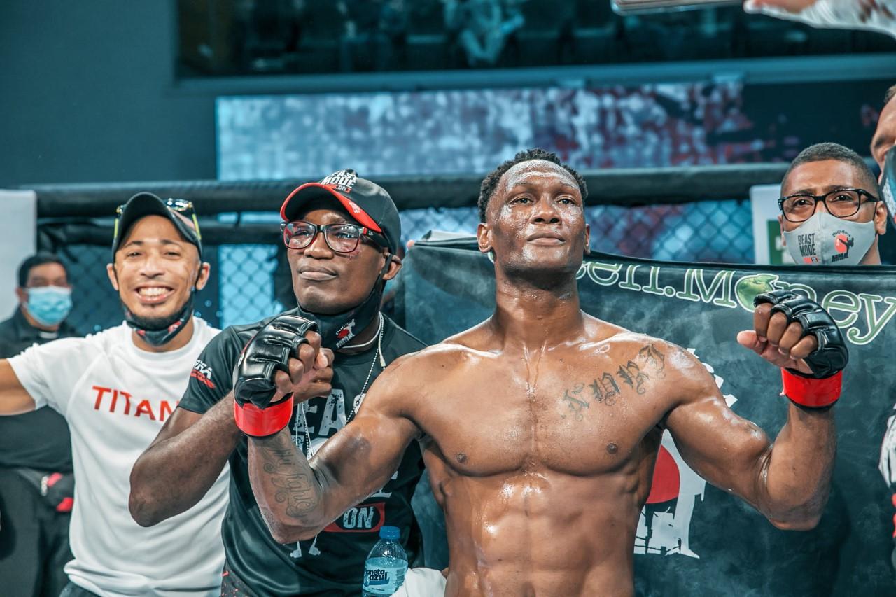 """Tiki"" Acevedo enfrentará a prospecto irlandés en pelea MMA"