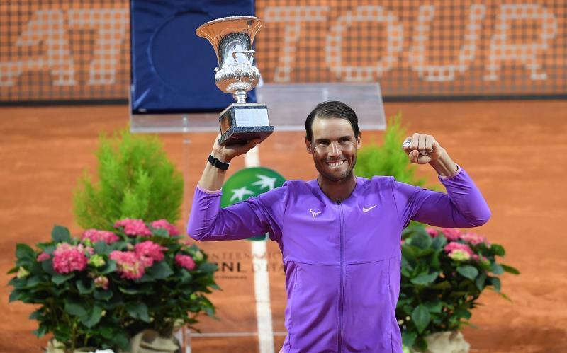 Nadal sigue tercero ránking mundial tras décimo título en Roma