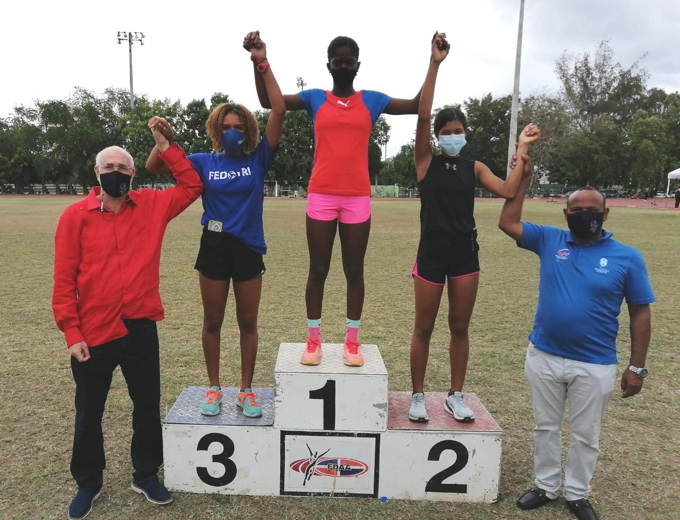 La Romana domina en campeonato de atletismo; Timá y Maguá ganan oro