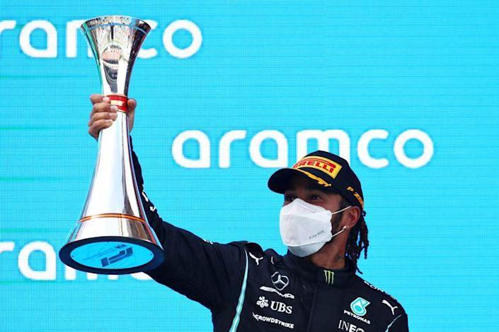 Hamilton gana el GP de España y logra su victoria 98 en Fórmula 1