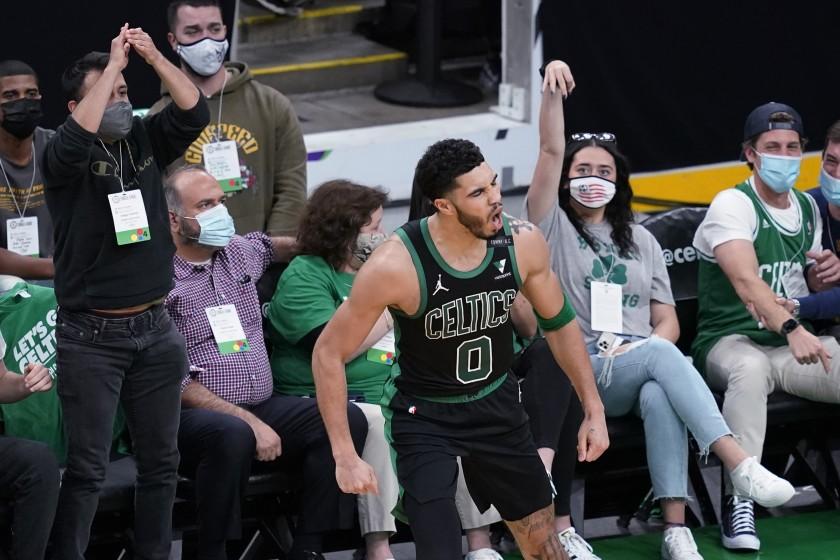 Clippers y Celtics ponen número a la casa; Hawks vencen a Knicks