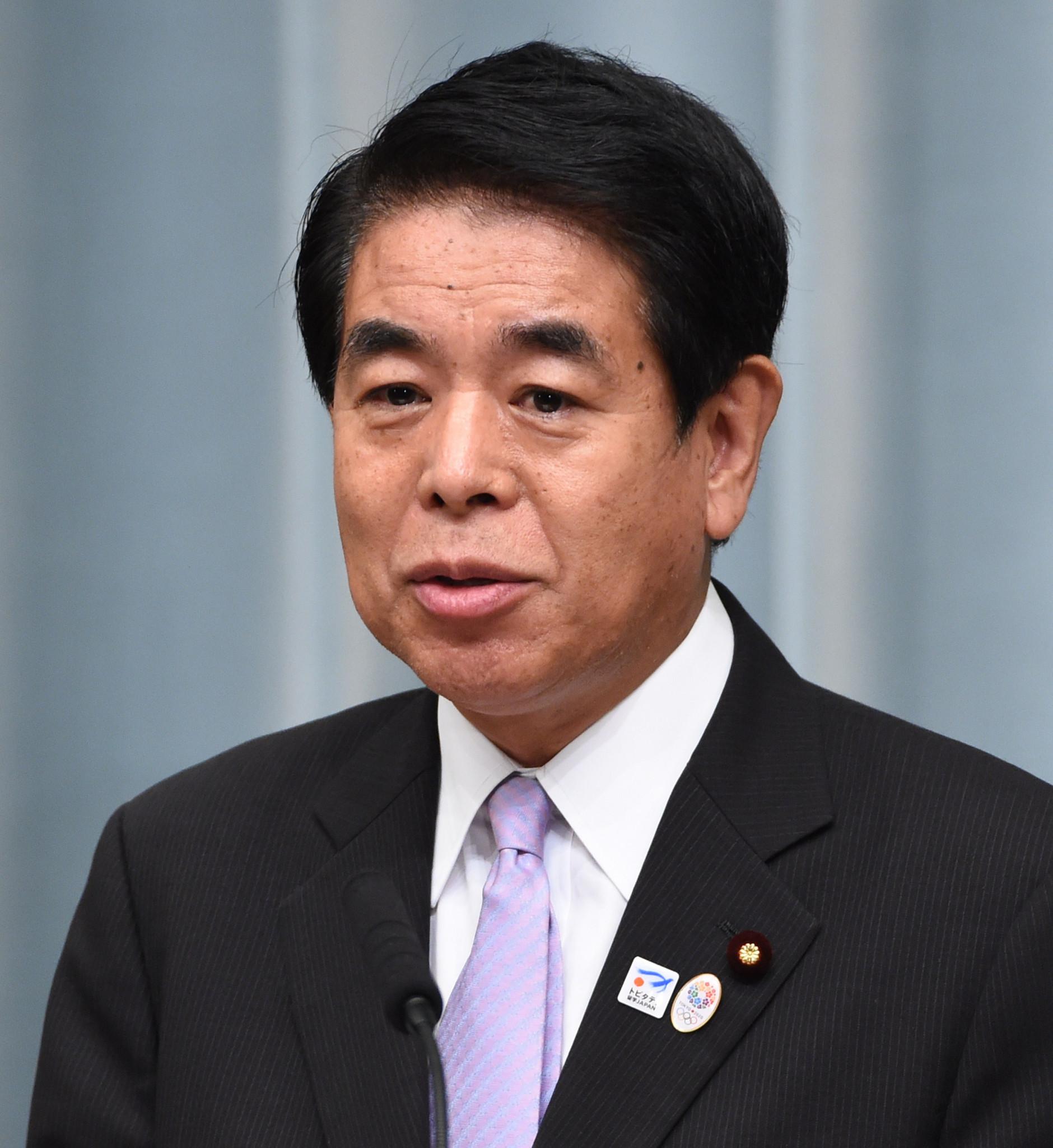 Alto político japonés pide una decisión sobre espectadores de Tokio 2020 antes de visita de Bach