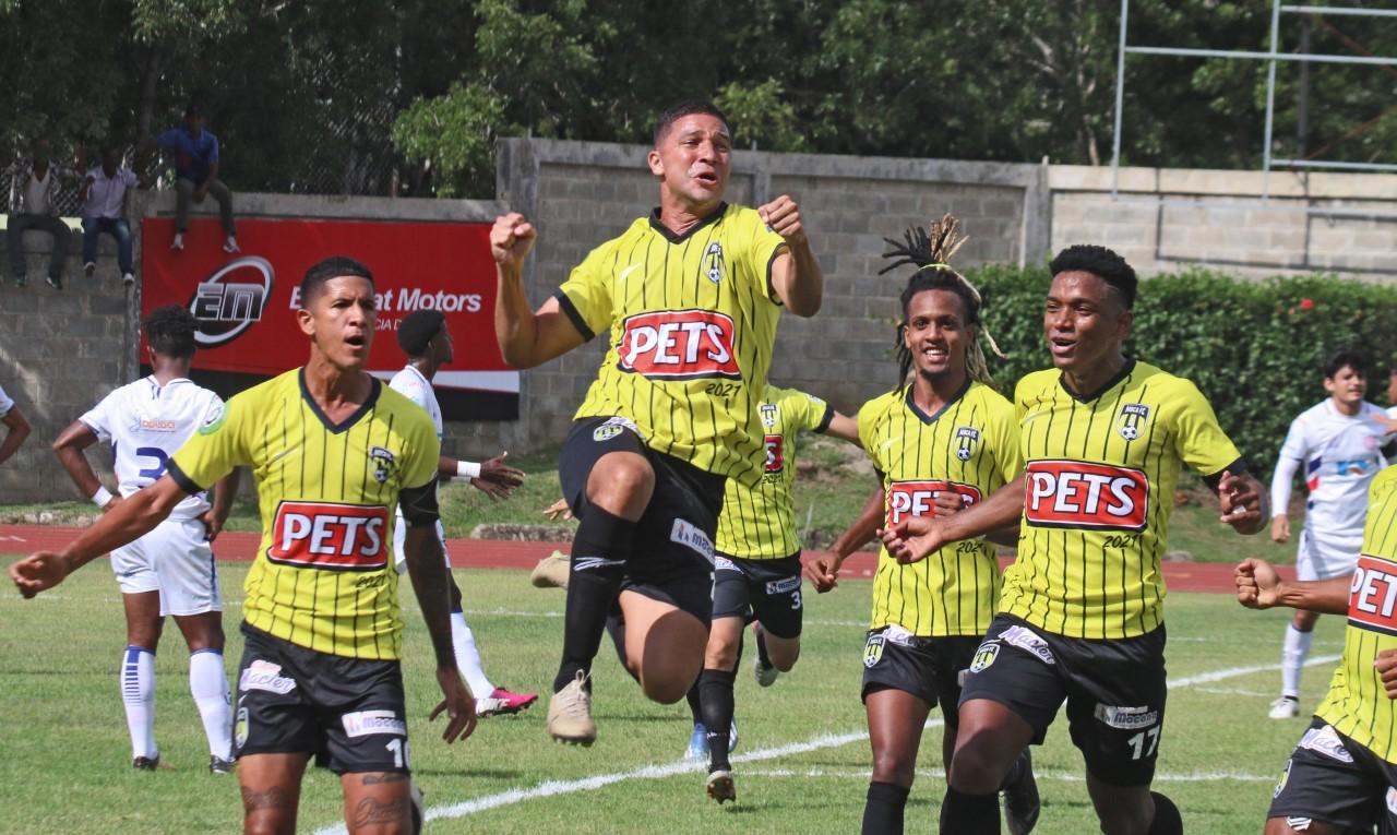 Moca FC propina goleada al Atlético San Francisco en la LDF