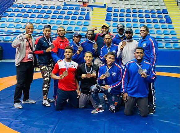Dominicana conquista 10 medallas en Panamericano de Lucha