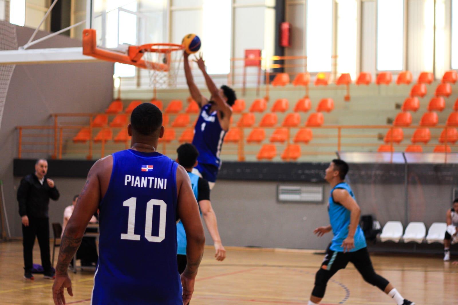 Baloncesto dominicano 3x3 enfocado en el clasificatorio olímpico