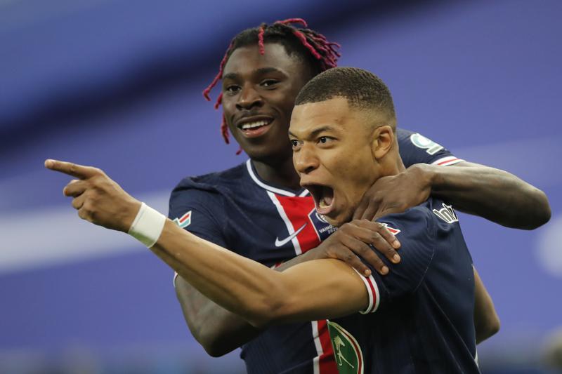 Mbappé brilla y PSG revalida el título de la Copa de Francia