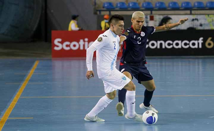 Selección superior futsal cae ante Guatemala en debut premundial