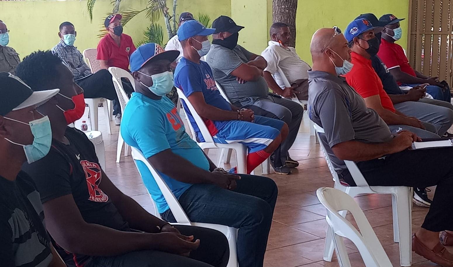 Dirigentes de Ligas de Santo Domingo Este, apoyan gestión Comisionado Pequeñas Ligas
