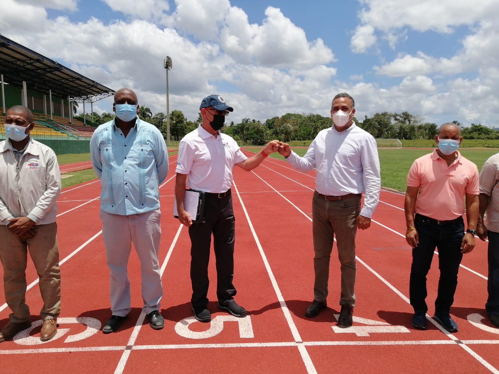Director de Competencias de la NACAC visita el país para verificar pista de Bayaguana