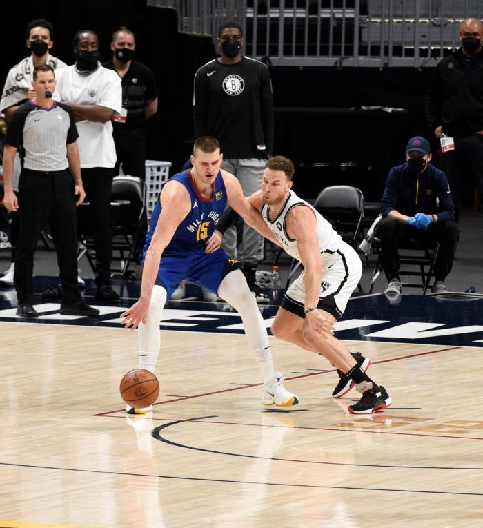 Warriors defienden octavo lugar; Nets, el segundo; Wizards gana
