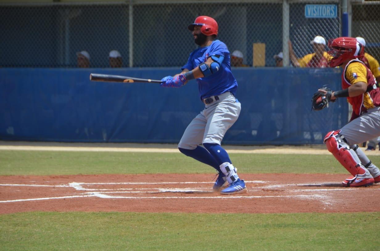 Molina y Bautista se lucen en juego de fogueo contra Venezuela
