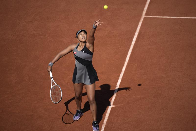 Naomi Osaka se retira del Abierto de Francia