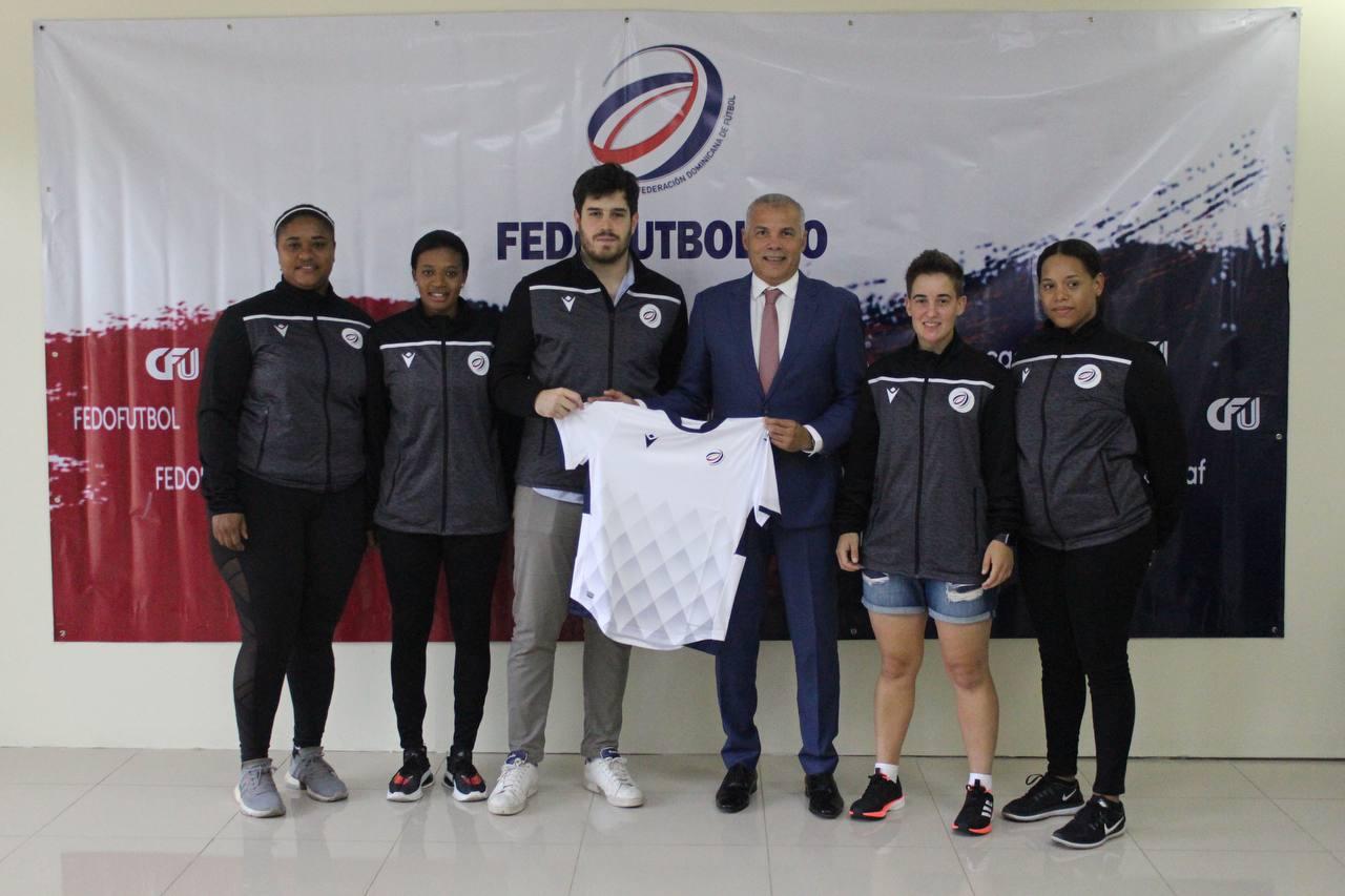 Fedofútbol presenta seleccionador español José Rubido Vidal
