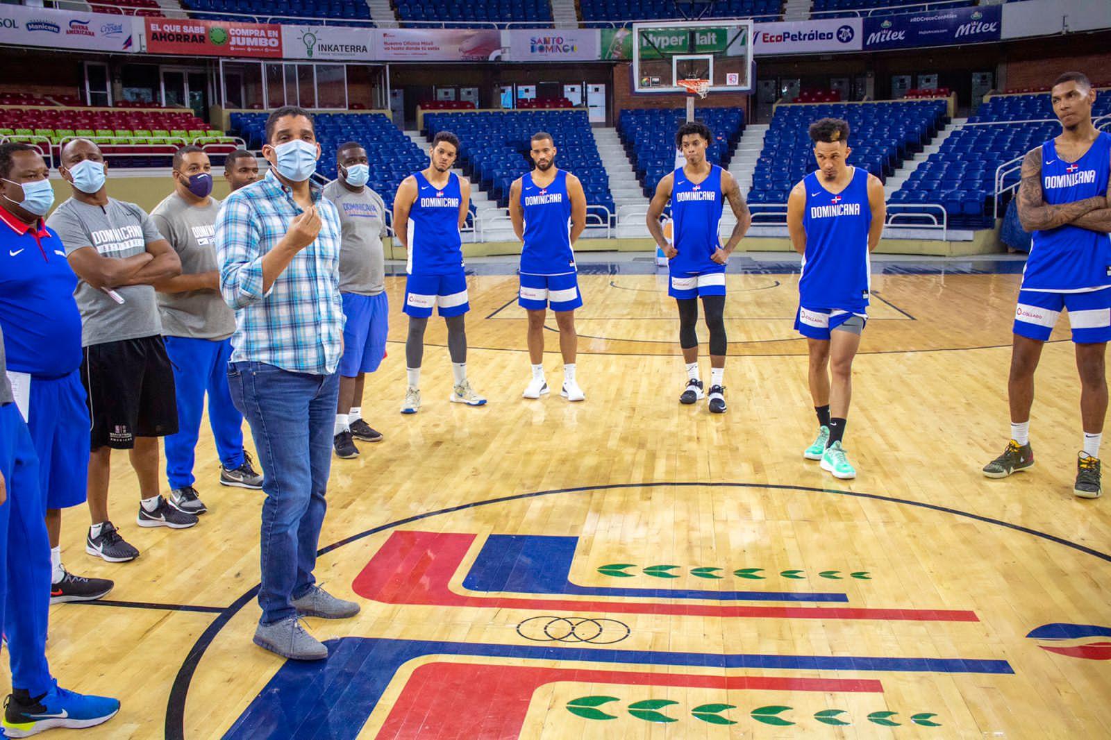 Equipo baloncesto RD inicia entrenamientos con miras repechaje olímpico