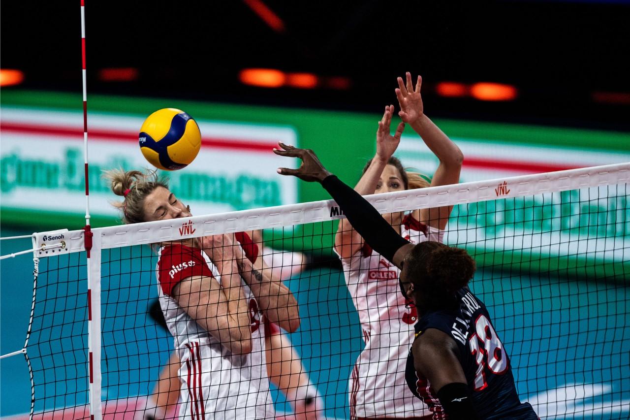 Selección voleibol se impone ante Polonia en Liga de Naciones