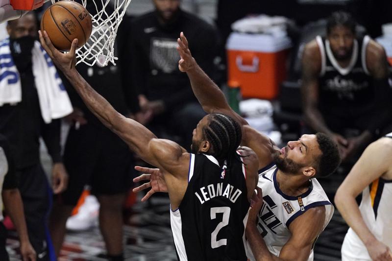 Leonard y George guían a Clippers a triunfo sobre el Jazz
