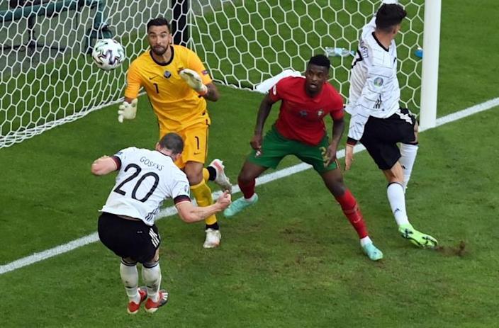 España se complica con empate; Alemania Golea; Francia iguala