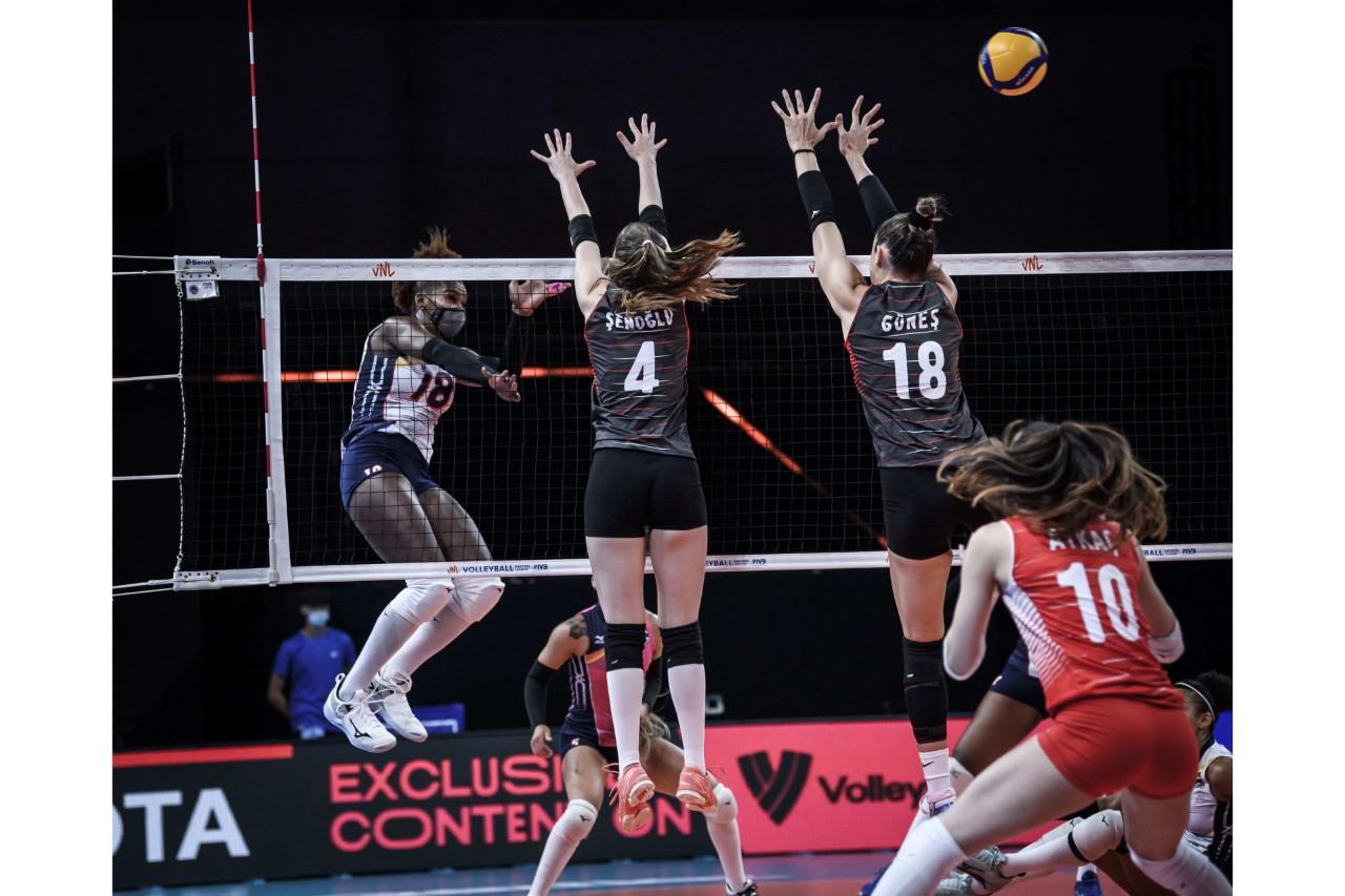 Selección de voleibol dispone de Turquía en La Liga de Naciones