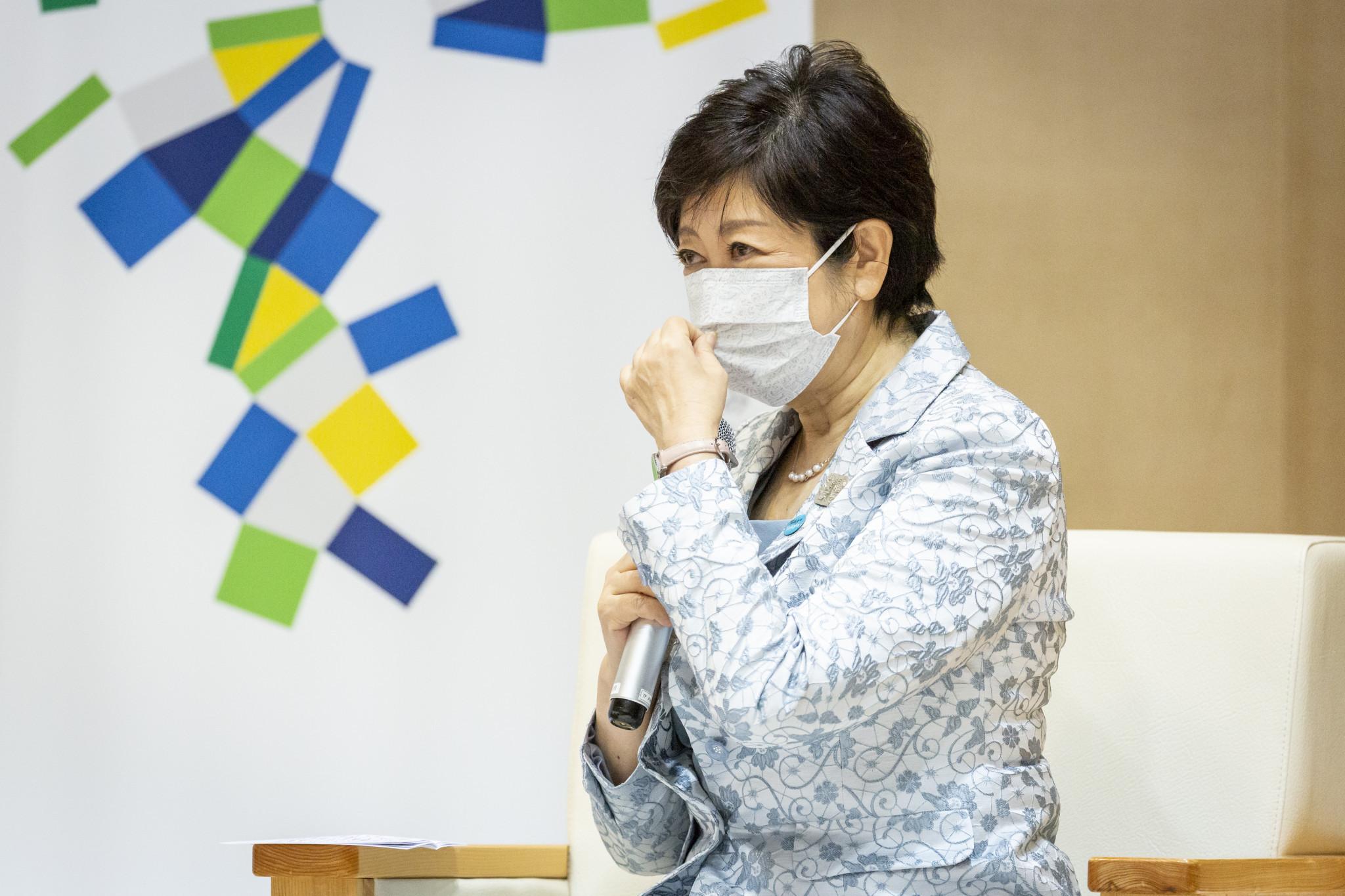 Gobernador de Tokio, Koike, dado de alta del hospital después de un tratamiento por fatiga